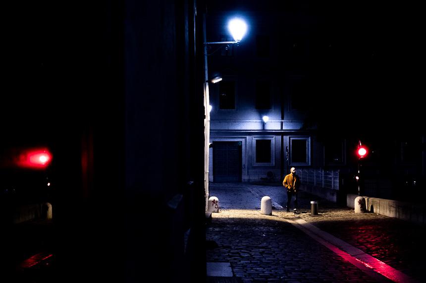 Photo de rue nocturne au Vieux-Lyon