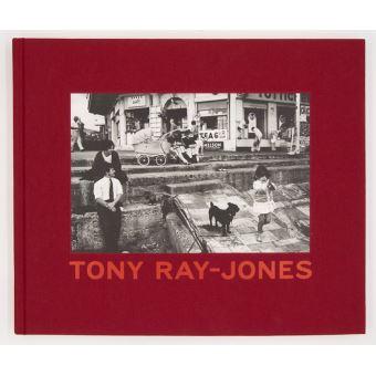 Livre de Tony Ray-Jones sur sélection de Martin Parr